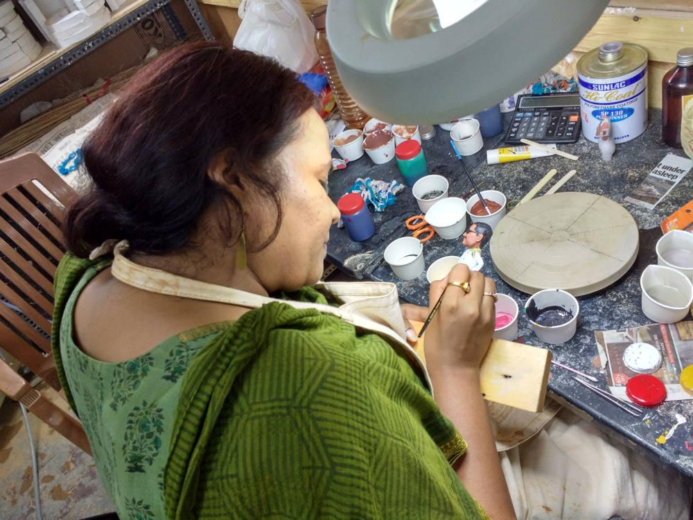 Rakshita Painting Figurine 02