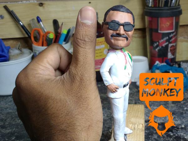 Custom 4 inch figurine - Size comparision